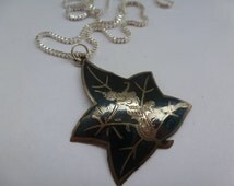 Vintage Sterling Silver Siam Necklace Siam Sterling Leaf Shape Pendant with New 925 Silver Box Chain