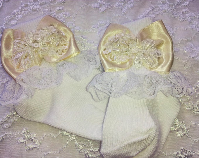 Newborn Girl Layette Lace Ruffled Socks