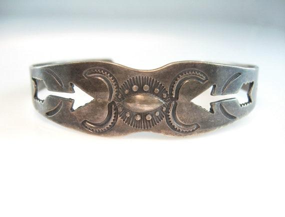 Navajo Bracelet Silver Cuff Fred Harvey Era Vintage Arrow