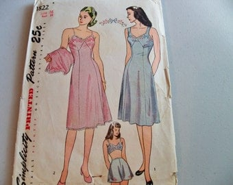 1945 Simplicity Pattern 1822 Size 16 Bust 34 Misses Slip and Panties Slip Sewing Pattern Supply Misses Petticoat Vintage Slip Pattern C