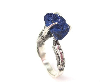 The Hunted - Triple Crow Claw ring in sterling silver with azurite stone
