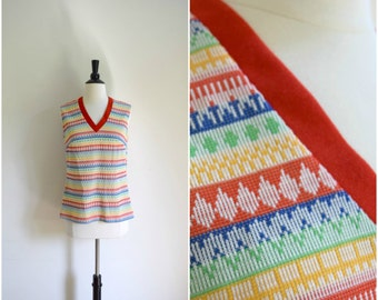 Vintage retro seventies rainbow red striped tank / old school V-neck sleeveless top / colorful print textured shirt