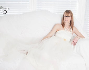 Stephanie  cream gown/Tulle dress/tulle bridal gown/tulle wedding gown/senior props/photo props/evening gown