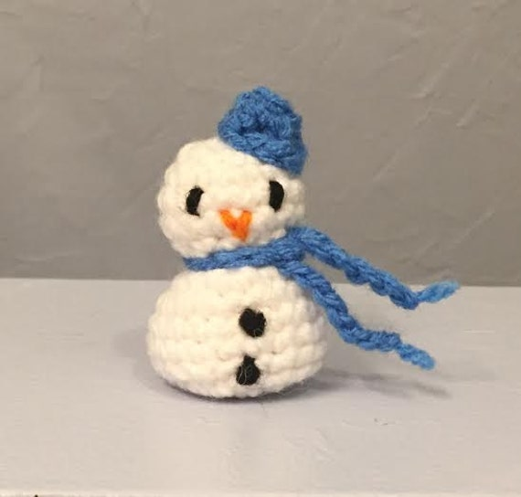 Amigurumi Mini Hat : Mini Snowman 2 inches amigurumi by meddywv on Etsy