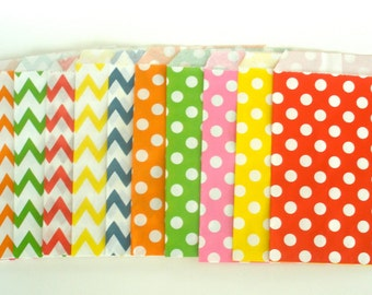20 Favor Bags / Treat Bags / Rainbow Colors Chevon & Dots Wedding Favor Bags, Popcorn Bags, Food Bags, Candy Bags