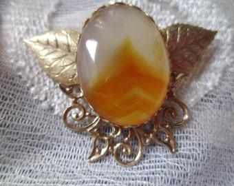 Vintage Brooch Pin Agate Caramel Ecru Leaves Filigree