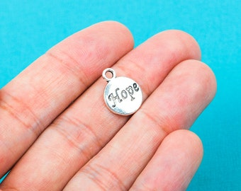 10 Round Circle HOPE Pewter Charm Pendants chs0233