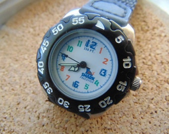 Ladies Shark Freestyle Diver or Beach Watch Rotating Bezel with strap