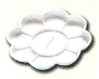 Flower Type Plastic Palette w 8 Wells White 5 Inch Paint Mix Surface FREE SHIP
