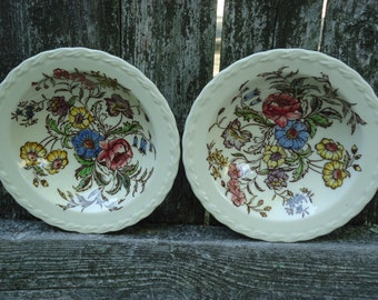So pretty Berry Bowl Pair