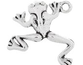 Frog Antique Silver Charms     (1191)