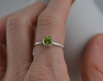Sterling Silver Gemstone Ring - 3mm Silver Peridot Ring - August Birthstone Ring