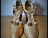 1930's Shoes, Rare Pair of Harvey Nichols of Knightsbridge Shoes, Vintage Shoes, Antique Shoes, Silk Shoes. Tea Dance Shoes,