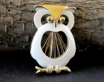Vintage Owl Brooch, White Enamel Owl Pin Brooch, Owl Jewelry