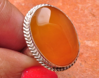 Natural Honey Onyx silver plated ring. Size 7.75  (#J585)