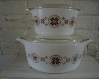 Vintage Pyrex Casseroles - Town & Country - Set Of Two