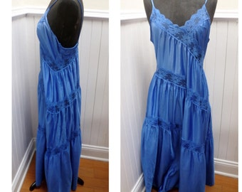 Vintage 1970s Bright Blue Long Nightgown - M