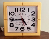 Vintage Retro Kitchen Wall Clock MidCentury General Electric Yellow