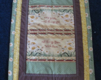 Daisy Quilted Table Runner Table topper