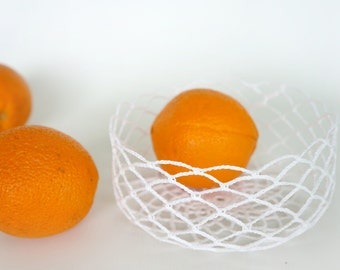 Crochet low bowl, wire look bowl- white