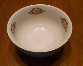 """Hall's Superior Quality Kitchenware Rose Parade Small 6"""" Mixing Bowl"""