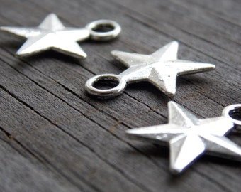 15 Silver Star Charms 17mm Antiqued Silver Nautical Stars