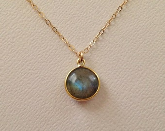 Labradorite Necklace in Gold -Gold Labradorite Necklace -Labradorite Pendant Necklace in Gold