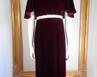 Vintage 1960's Burgundy Velvet Empire Waist Evening Dress - Size 7