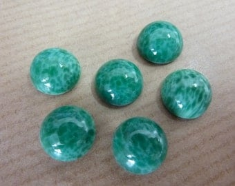 6 glass cabochons, Ø10mm, marbled green, round