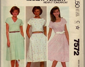 McCall's 7572 Misses' Dress Pattern, UNCUT, Size Medium(14-16), For Stretch Knits Only, Vintage 1981, T-Shirt Dress, Retro, Comfortable
