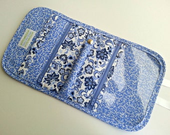 Quilted Style Travel Jewelry Organizer in Periwinkle Paisley Print