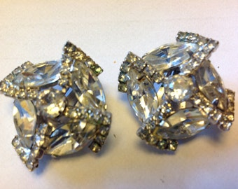 Beautiful Vintage Weiss Earrings Perfect for Wedding Clip On