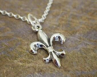 Sterling Silver French Fleur De Lis Necklace