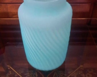 VICTORIAN ERA GLASS Blue Satin Cased Glass Spiral Ribbed Wave Cylindrical Vase Collectible Glass