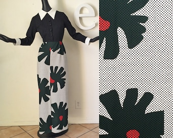 Roy Lichtenstein Style Op Art MOD Maxi Dress Vintage 1960s 1970s Dot Pattern Flower Power Space Age Hippie dress Black White Op Art Medium