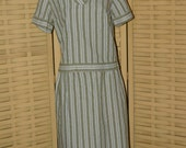 Vintage 1940-1950s Green and White Striped Seersucker 2 Piece Casual Dress, VG Used Size S/M, Made by Kay Windsor
