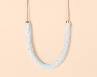 Necklace by Depeapa - Materia#04 - White granite U