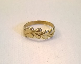 10K Gold Hearts Ring - Four Sideways Hearts - Size 8 Finger Ring in Black Velveteen Box