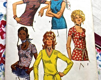 Simplicity 9365 Knit Shirt Sewing Pattern 1971