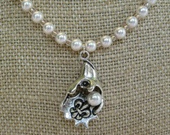 Oyster and Pearl Necklace - Fleur de Lis Jewelry - Women's Jewelry - Her Gift Idea - Handmade Jewelry - Pearls - Gift Idea - Birthday Gift