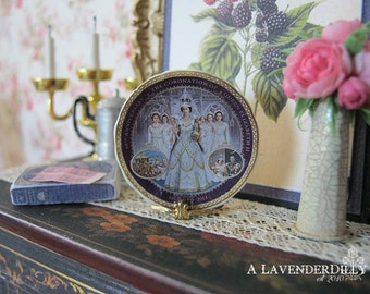 Queen Elizabeth Coronation Plate for Dollhouse