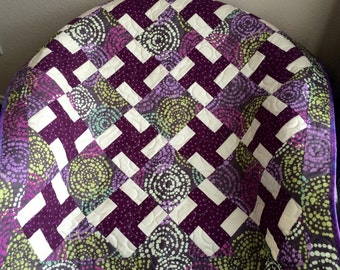 """Retro Whimsy and Polka Dots Galore In This Tumbling Whirligigs 38.5"""" X 38.5"""" Quilt"""