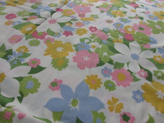 Vintage Sheet Fabric, Monticello vintage flat twin sheet, sewing supplies, craft supplies, cotton poly blend sheet, pastel flowers, FY5