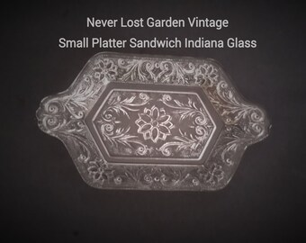 Platter Tab Handled Sandwich Pattern Indiana Glass Vintage