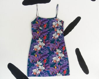90s Tropical Parrot Floral Purple Allover Print Spaghetti Strap Tank Dress / Hawaiian / Size Large / Cotton / Clueless / Club Kid / Kawaii /