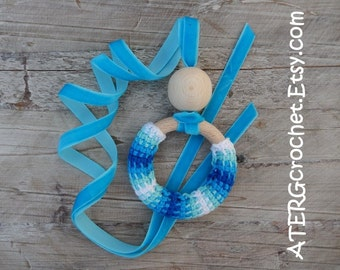 Teething ring necklace 'turquoise' by ATERGcrochet