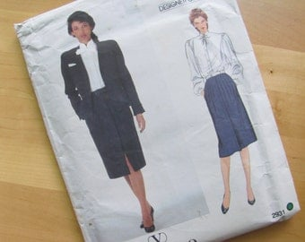 Uncut Vintage Vogue Couturier Design 2931 - Valentino - Misses Petite Jacket, Skirt Blouse and Bow  -  Size 14