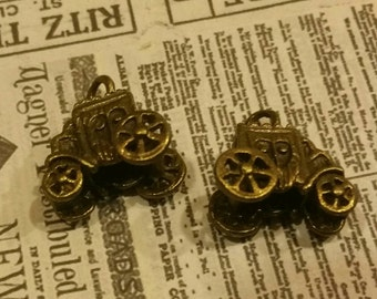 Stage Coach Charms / Jewelry Supply / Western / Findings / cowboys / altered art / mixed media / assemblage supplies / fairy tale