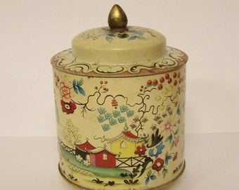 VINTAGE CANDY TIN - Pre 1960s - Made In England for Murray-Allen, an American Confectionery Company - Asian Landscape ('Kiang')
