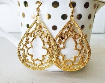 Large Gold Teardrop Earrings, 14k Gold Filled Earrings, Birthday Gift, Mothers Day Gift, Teardrop Earrings